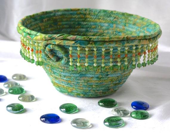 Spring Green Bowl, Handmade Meadow Green Basket, Decorative Basket, Lovely Gift Basket, Green Catchall Basket, Yarn Bowl, Napkin Holder