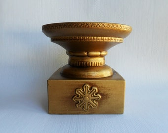 Gold Pillar Candle Holder Vintage Snowflake Christmas Decor Ornate Table Centerpiece Candleholder Winter Holiday Decor