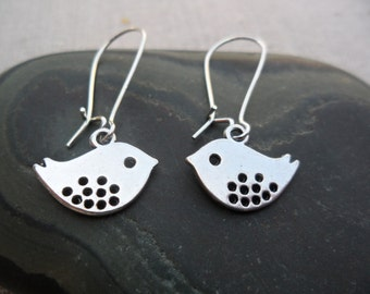 Mod Silver Bird Earrings - Simple Everyday Bird Jewelry  - Sparrow Swallow Silver Earrings