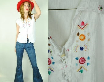 CLEARENCE 80% OFF 70's HIPPIE SouthAmerican Embroidered Top. Made in Ecuador. (M)