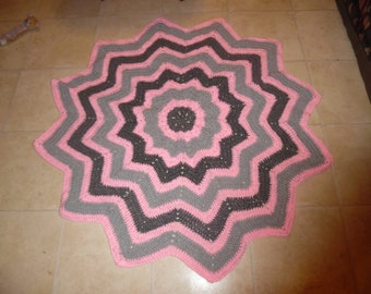 crochet ripple circle afhan, lap afghan, mothers day