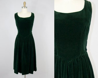1950s Vintage Green Velvet Shirred Skirt Midi Dress. 50s Sleeveless Dress (M)