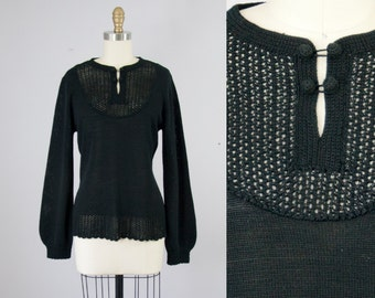 1970s Vintage Black Crochet Knit Blouse. 70s Sweater (M)