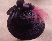 Handmade 1/12 miniature dollshouse aubergine straw hat
