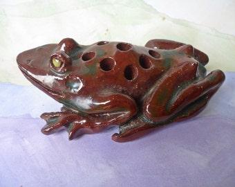Vintage pottery FROG Flower Frog - Floral design