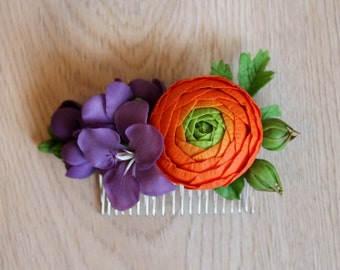 Comb with ranunculus and freezias, freesia blossom comb, polymer clay comb, polymer clay flowers, violet freezias, cold porcelain