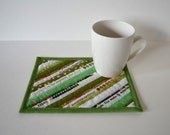 Green Selvage Mug Rug, Quilted cotton coasters, Mini placemats, mug mat, upcycled selvage, eco friendly, Selvedge