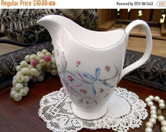 Royal Albert, Buttons and Bows, Creamer Only, Vintage Creamers, Bone China, Antique Tea 10621