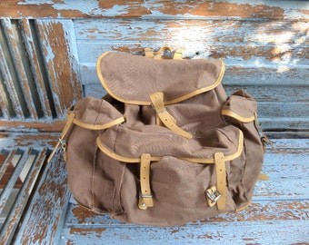 Large French Vintage backpack mountaineering 1950s Reusable