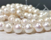 Limited Edition A Grade 12 to 12.5 mm Large Hole Freshwater Pearl Round Beads - White 2.5 mm hole - Half Strand (ET2888W200-BH)