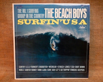 The BEACH BOYS - Surfin' USA - 1963 Vintage Vinyl Record