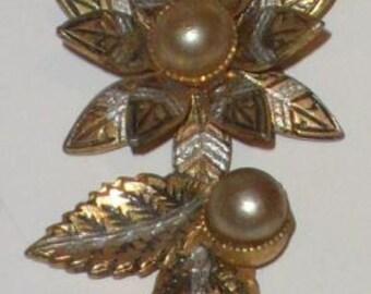 Vintage Damascene style earrings. 60s.