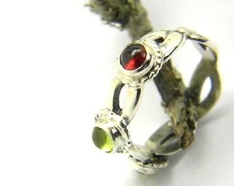 Sterling silver triple stone ring, multi stone silver ring, garnet, citrine, peridot natural gemstones, Celtic band three stone ring size 6