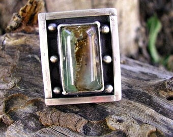 Beautiful chunky sterling silver Chrysoprase ring