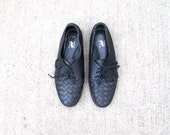 Woven Black Leather Oxfords - Shoes Womens Lace Tie VTG - Size 6.5 US