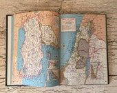 Vintage 1971 Hammond's Library World Atlas - Small Size