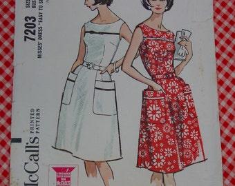 Vintage Pattern c.1964 McCall's 7203 Dress, Size 18