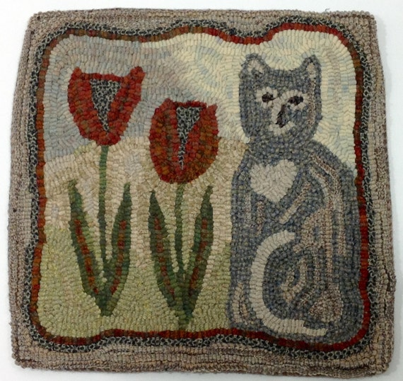 "Rug Hooking KIT, Tulip the Cat, 14"" x 14"", Primitive Rug Hooking, K103"