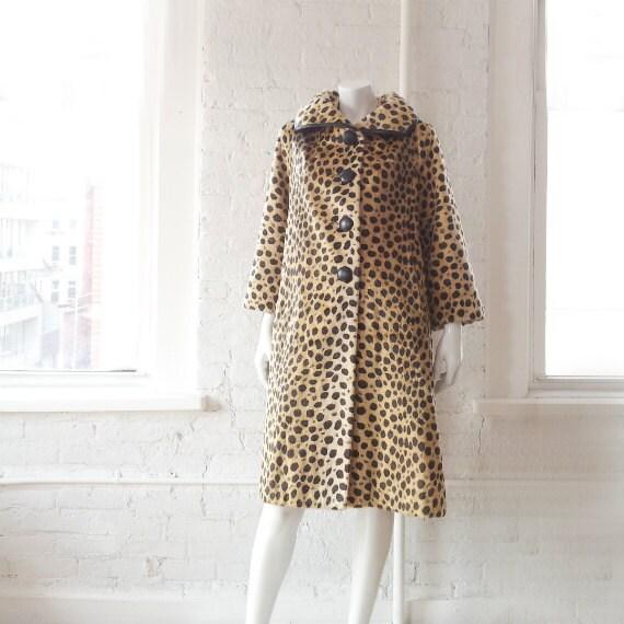leopard manteau des ann es 50 vintage des ann es 1950 l opard. Black Bedroom Furniture Sets. Home Design Ideas