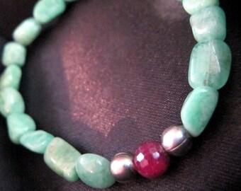 Brazilian Emerald Gemstone Bracelet  ~Wealth & Divine Fulfillment~