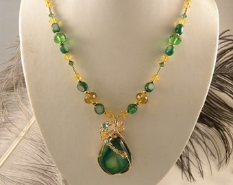 Oregon Ducks UofO Necklace and Earrings with Green Druzy Pendant