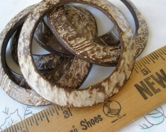 """70mm Real Coconut Shell O rings Round 51mm 2"""" opening 2.75"""" buckle 6 pieces purse strap embellishment macrame altered art supply curved"""