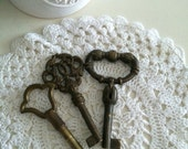 Genuine italian vintage skeleton keys - set of 3