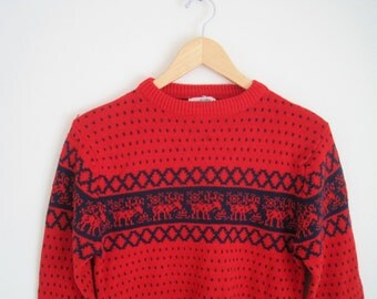 Crew Neck Red Knit Sweater. Fair Isle Reindeer Sweater. Polka Dot Knitted Jumper with Geometric Pattern. Christmas Sweater. 80s