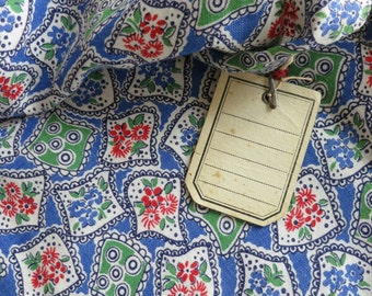 NOS Rare unused 1940s vintage cotton 40s FLORAL FABRIC for dressmaking & quilting red blue green white