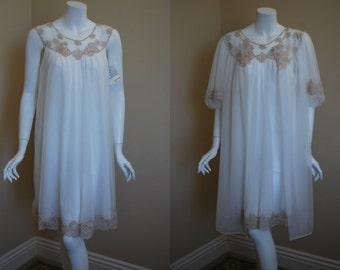 1960s Kayser White Peignoir Set, Medium, Large Nightgown Robe, Bridal, New Old stock