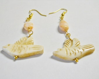 earrings, Dangles,Summertime, wedding, casual, BOHO, Ivory etch birds, variegated peach glass oval beads, gold plated, french ear wires