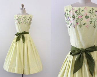 vintage 1950s dress // 50s yellow embroidered dress