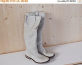 SALE White Leather Tall Boots Vintage 70's womens boots size 6