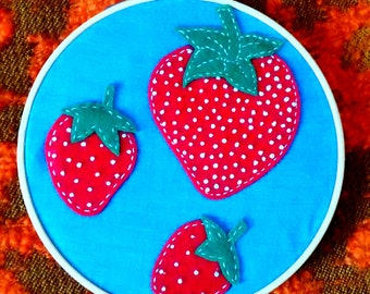 Strawberry Felt Embroidery Hoop. Home Decor. Gift. Nature. Retro. 6 inch