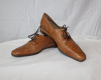 Brown Leather Charles Jourdan Oxford Lace Up Shoes - Women's Size 7