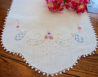 Floral Embroidered Dresser Scarf Vintage Handmade Table Runner French Knots