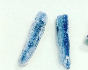 Kynite blade stud earrings, raw kyanite earrings, raw stone earrings, raw kyanite crystal earrings