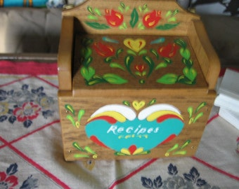 Pennsylvania Dutch Recipe Box with Recipe Cards Hand Painted Toothpick