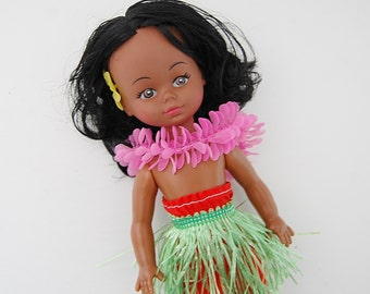 Vintage Hawaiian Doll, Hula Girl Doll with Grass Skirt and Pink Lei
