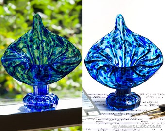Hand Blown Glass Jack In The Pulpit Vase with Transparent Blue Dots