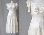 1930s Wedding Dress / 1930s Cream White Silk Wedding Dress / Puff sleeves / Small Medium 27 Waist / Vintage Bridal / Deco Wedding Dress