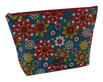 Della Q Large Cotton Zip Pouch in A Variety of Limited Edition Fabrics 1103-1 BRAND NEW!