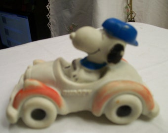 Snoopy Rubber Car Squeak Toy Vintage 1966 United Features Syndicate