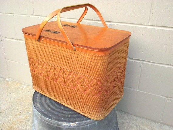 Picnic Basket Pie : Big redmon picnic basket with pie shelf woven tall large