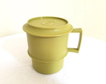 Vintage Tupperware Coffee Mug with Lid - Green Tupperware Cup - Tea Cup - Coffee Cup with Lid - Made in USA