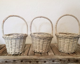 Vintage White Woven Easter Baskets