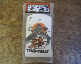 Vintage 1970's Halloween Trick or Treat Candy Bags by Gay Gem Products. Unopened NOS Made in the USA