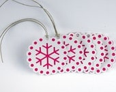 5 - Holiday / Christmas Tags - Hot Pink Fancy Round Snowflake