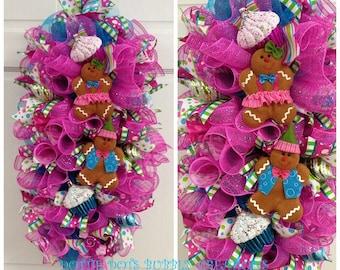 Whimsical Christmas Everyday Gingerbread Door/Wall Swag Wreath