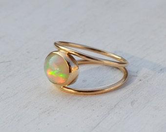 Welo Opal Ring, 14K Gold Ring, 14K Gold Gemstone Ring, Fine Jewelry, Gold Bezel Set Opal Ring